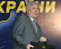 Премьер-министр Украины Юрий Ехануров рассказывает о деятельности правительства за полгода. Киев, 27 июля