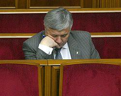 Премьер-министр Украины Юрий Ехануров в зале заседаний Верховной Рады. Киев, 4 июля