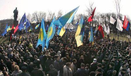 Митинг у памятника Т.Шевченко, посвященный 193-й годовщине со дня его рождения в Киеве