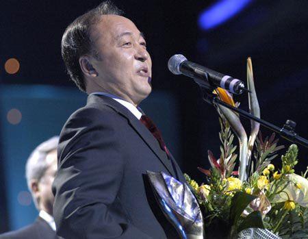 Корейцем года и лауреатом международной премии в области дипломатии стал посол Кореи Хо Сун Чьол, который переводит произведения Шевченко на корейский и считает Украину своей второй родиной