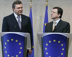 Виктор Янукович и Жозе Мануель Баррозу