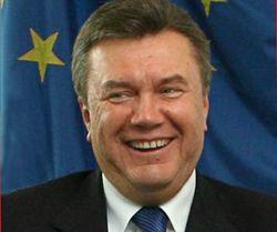 Віктор Янукович виступає на сесії Парламентської Асамблеї Ради Європи в Страсбурзі. 17 квітня