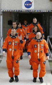 Экипаж шаттла Эндевор (Reuters)