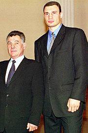 Омельченко, Кличко