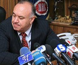 Министр внутренних дел Украины Василий Цушко дает пресс-конференцию в Днепропетровске. 20 августа