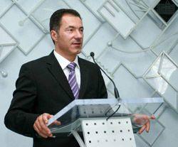 Николай Рудьковский выступает на пресс-конференции в Днепропетровске. 6 сентября