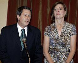 Сенатор штату Луїзіана Девід Віттер з дружиною. Фото АР