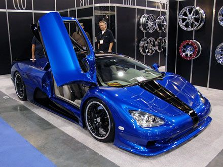 Суперкар SSC Ultimate Aero TT, побудований американською компанією Shelby Supercars, встановив новий світовий рекорд швидкості для серійних автомобілів, розігнавшись до 411 км/год.
