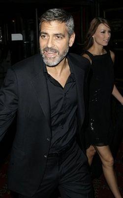 Джордж Клуни и Сара Ларсон, фото AP