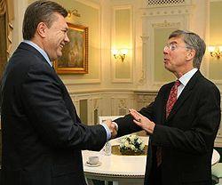 Янукович, Тейлор