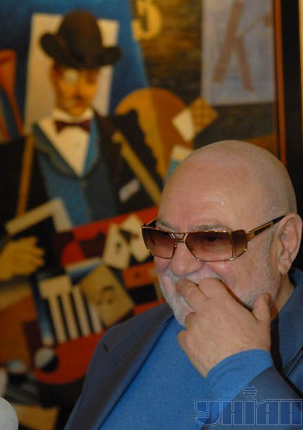 В отличие от однофамильца-правительственного чиновника, музыкант Табачник мог похвастаться коллекционными шедеврами
