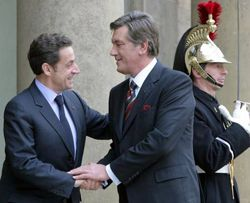Ніколя Саркозі і Віктор Ющенко