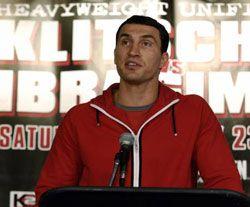 В Нью-Йорке на помосте знаменитого зала Madison Square Garden Владимир Кличко победил Султана Ибрагимова (Россия)
