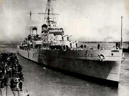 """Австралійський легкий крейсер """"Сідней"""", 1940 р."""