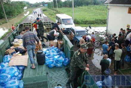 Эвакуация людей в одном из горных районов Львовской области