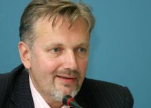 Андрей Гончарук подчеркнул: Если нет запроса - нет официальной позиции