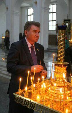 Михаил Сирота в Свято-Преображенском кафедральном соборе  в Донецке, 7 апреля 2008 г.
