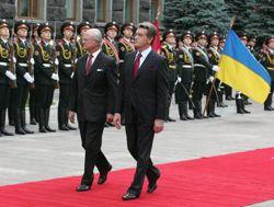 Король Швеции Карл XVI Густав и Президент Украины Виктор Ющенко