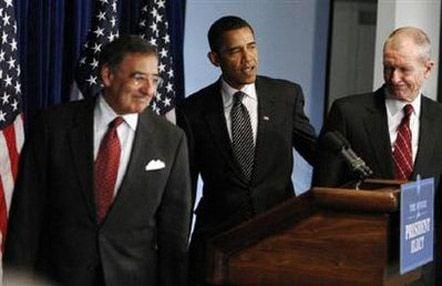 Леон Панетта, Барак Обама і Денніс Блер / Фото : Reuters