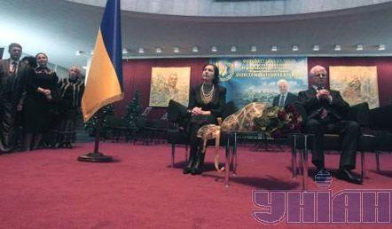 Первый Президент Украины Леонид Кравчук в день своего 75-летия на юбилейной фотовыставке, посвященной его жизни и деятельности
