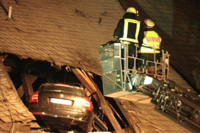 German driver flies his VW Skoda into church roof in accident | UNIAN