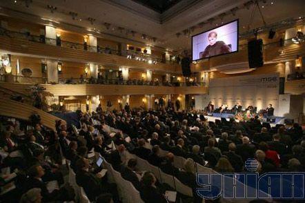 """Юлия Тимошенко на конференции по вопросам безопасности """"НАТО, Россия, нефть и газ: будущее европейской безопасности"""" в Мюнхене, 7 февраля 2009 г."""