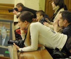 Фотографы в зале заседаний Верховной Рады