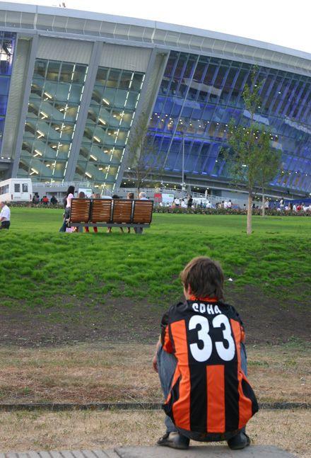 Колись він може зіграти на цьому стадіоні