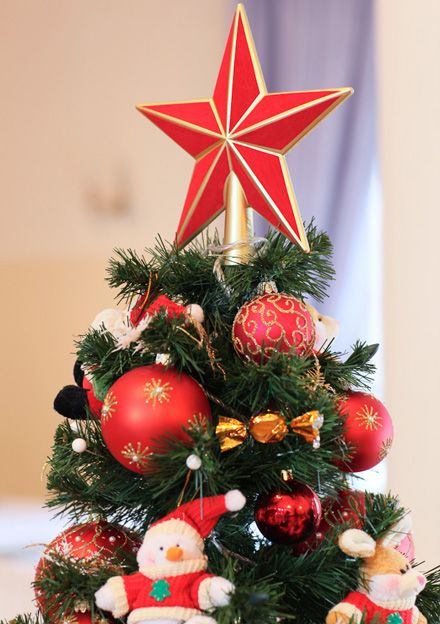 Картинки по запросу красная звезда на елку