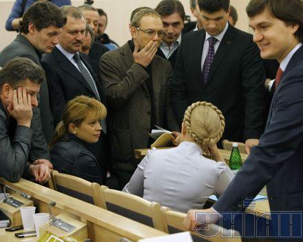 Соратники Тимошенко очень волновались за результат рассмотрения сегодняшнего ходатайства. За исключением пана Писаренко...