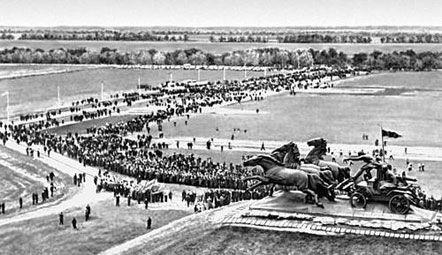 1970 г., празднование 50-летия разгрома Врангеля. Фото с сайта БСЭ