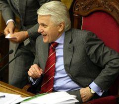 Володимир Литвин в залі засідань парламенту. Київ, 1 квітня