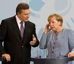 Віктор Янукович і Ангела Меркель під час спільної прес-конференції. Берлін, 30 серпня