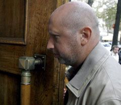 Экс-глава СБУ Турчинов заходит на допрос в СБУ. 8 сентября