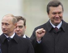 Путін, Медведєв, Янукович