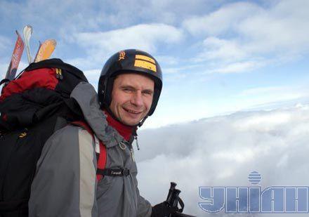 Дмитрий Нечипоренко перед восхождением на гору Монблан в Альпах. 4 января 2011