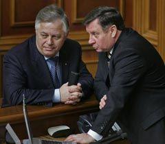 Петро Симоненко і Адам Мартинюк під час засідання ВР. Київ, 2 лютого