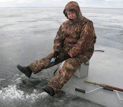 Наталія Вітренко рибалить на Київському водосховищі. 6 лютого