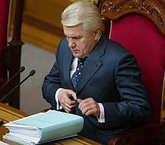 Владимир Литвин во время пленарного заседания ВР. Киев, 15 февраля