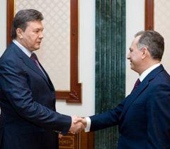 Віктор Янукович і Борис Колесніков під час зустрічі в Києві. 16 березня