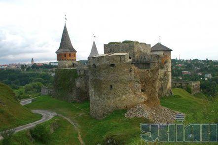 Упала башта Старої фортеці в Кам'янці-Подільському