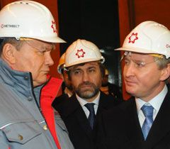 Новинский приобрел 96% банка