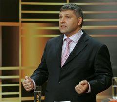 Юрий Мирошниченко во время прямого эфира ток-НЕшоу «Киевский форум». 6 декабря