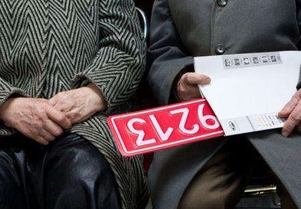 В Україні введені нові номерні знаки