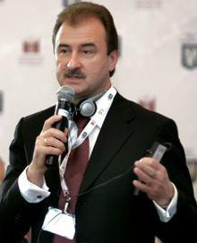 Попов доволен встречей с подростками, фото УНИАН