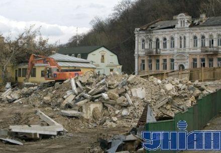 Застройщики обещают не строить офисный центр