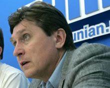 Фесенко считает, что КСУ может разрешить ситуацию