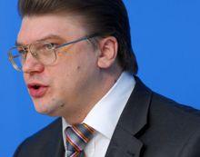 Жданов считает ситуацию в Украине угрожающей