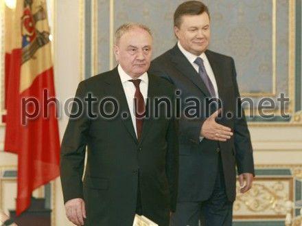 Віктор Янукович і Тімофті Ніколае