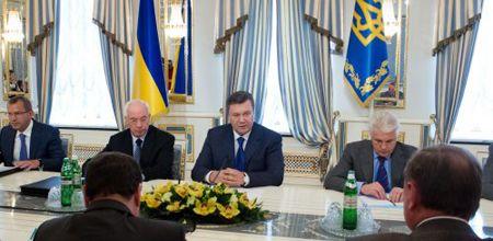 Янукович поручил СНБО и правоохранителям разобраться с санаториями